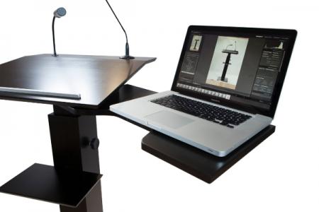 Support d'ordinateur portable pivotant en arrière avec un ordinateur portable n° 1
